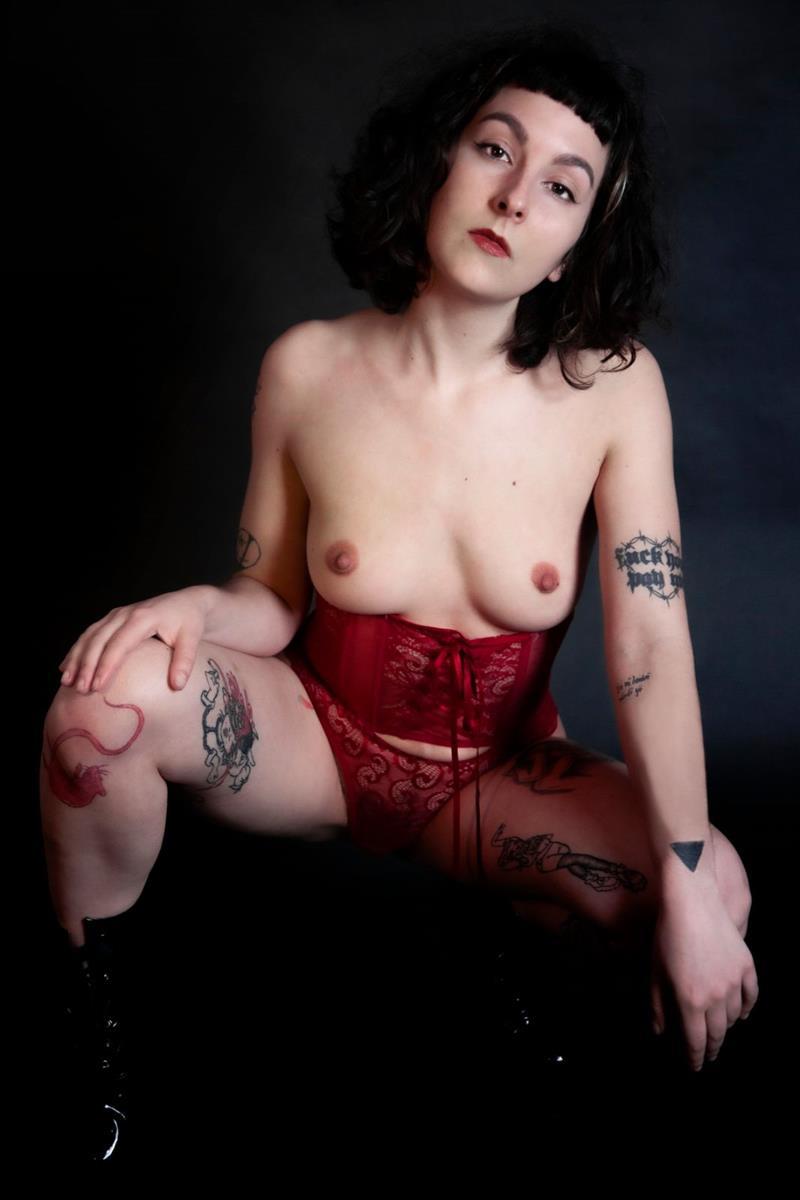 Eve Renard - Women in Geneve promoted by dexy.ch