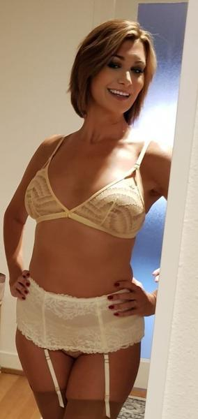 Raquel - Women in Lausanne promoted by dexy.ch