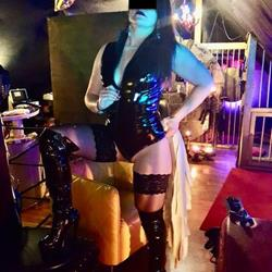 Mlle Clarisse - BDSM in Renens promoted by dexy.ch